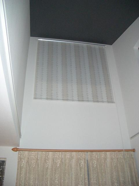 2Fリビングの吹抜け窓には_e0133255_1739291.jpg