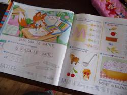 ユキちゃんと学校の宿題_f0106597_2213787.jpg