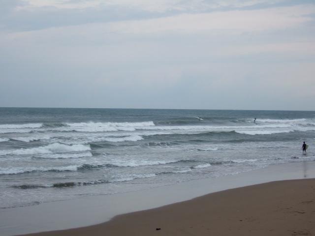 波に消える_c0132732_749938.jpg