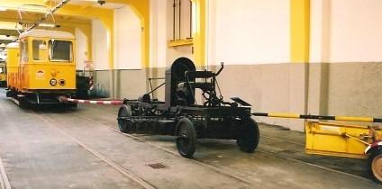 ウィーン市電事業用車の保存車_e0030537_1301766.jpg