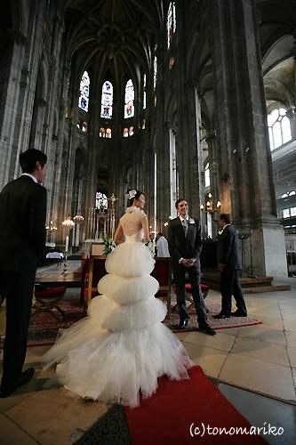 ビッグな教会でビッグなドキドキ結婚式…_c0024345_1964665.jpg
