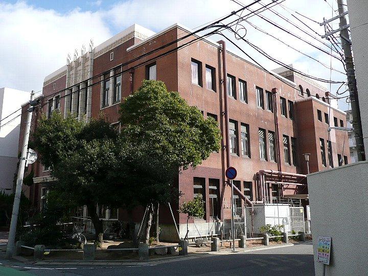 神戸市立東灘区民センター分館(魚崎児童館)_c0112559_2213196.jpg