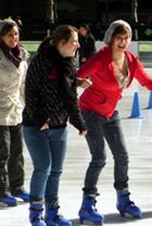 今年もアイススケートの季節がやってきました_b0007805_1912254.jpg