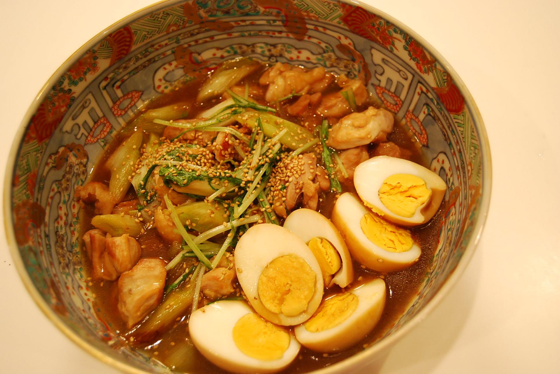 鶏肉と長ネギの炒め煮 味玉添え_e0142956_2128642.jpg