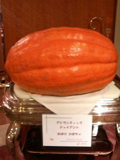 10月27日(月) おばけかぼちゃ_e0006772_2218458.jpg