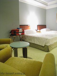 ホテル阪急インターナショナル 客室編_c0134734_1833068.jpg