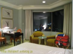 ホテル阪急インターナショナル 客室編_c0134734_1841834.jpg