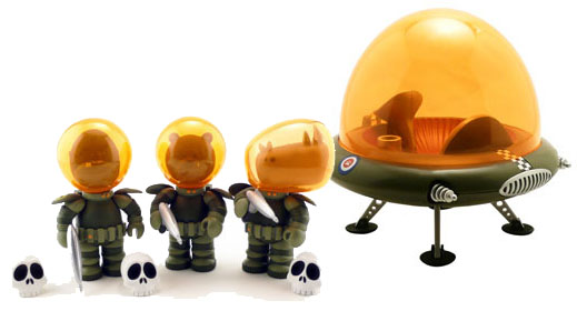 IWG Astro Krieg Figures and Flying Saucer (Eco Green)_e0118156_2342086.jpg