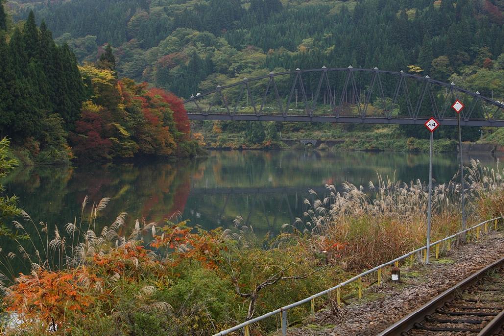 続、奥会津の紅葉を求めて・・・<6>会津川口駅と周辺スナップ 金山町_e0143883_1844413.jpg