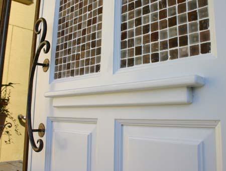 もう一枚の店舗用ドアおon Tile_e0074935_1438682.jpg