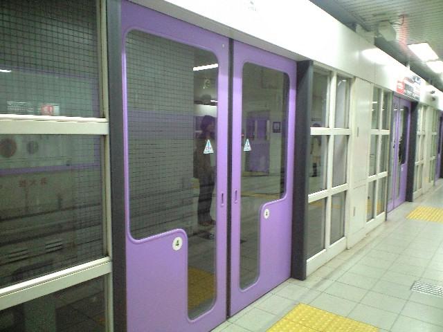 京都地下鉄_c0151965_1041961.jpg