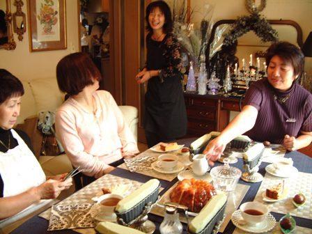 10月22日フラワーアレンジ講習会の様子♪_f0029571_035143.jpg
