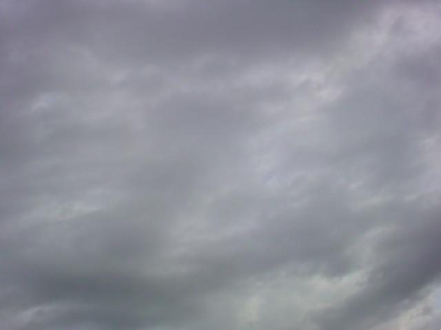 幻想的な雲!!寒くなりました。_e0051174_7132139.jpg