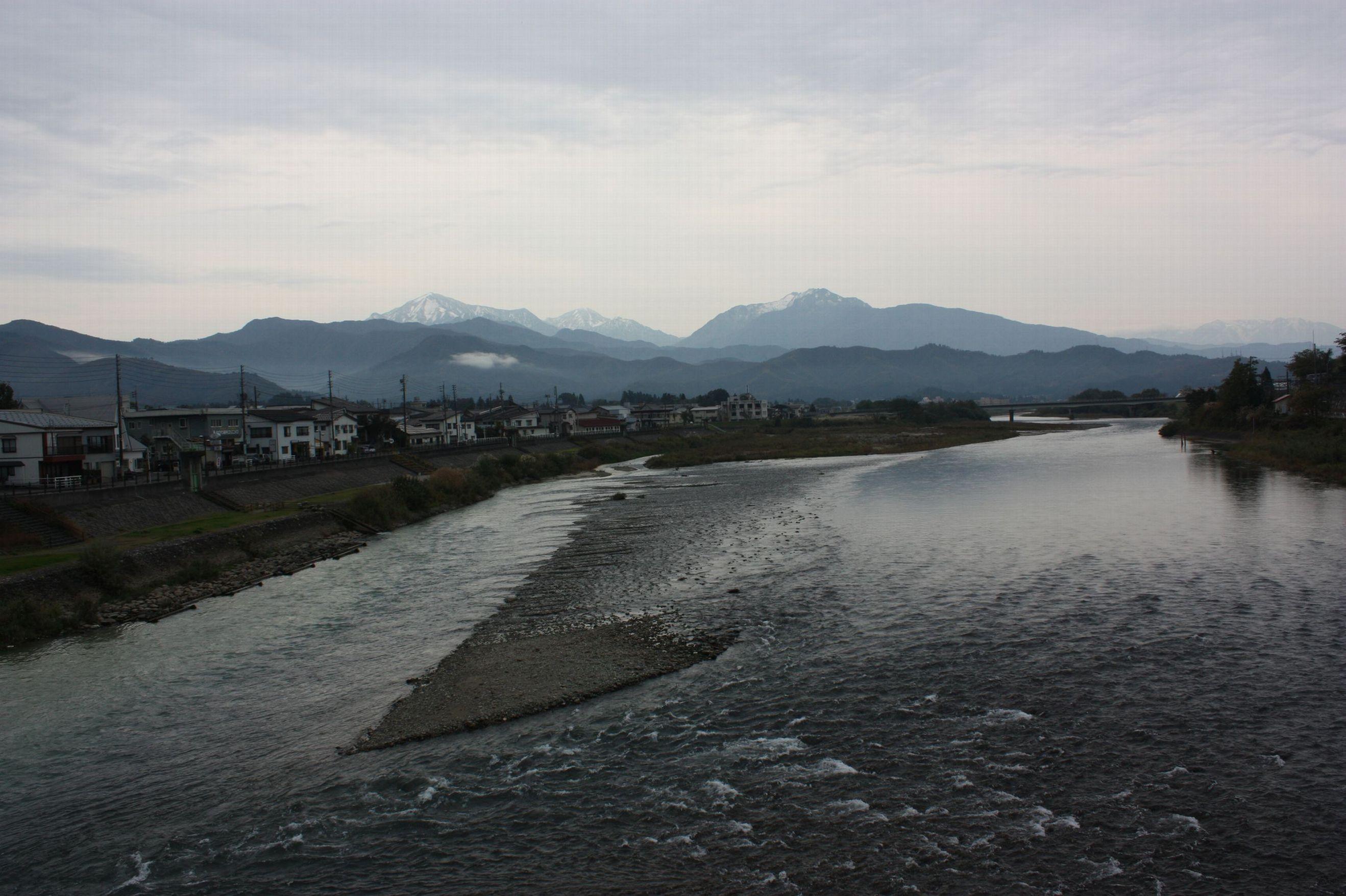 10月31日(金) 魚野川_e0150433_14155670.jpg