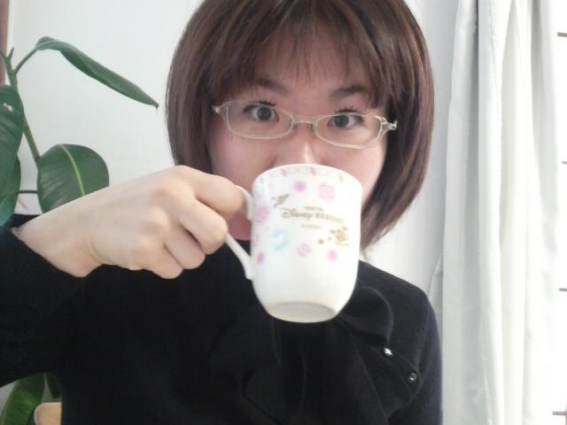 お紅茶をご堪能される姫たま♪_e0114246_18391070.jpg