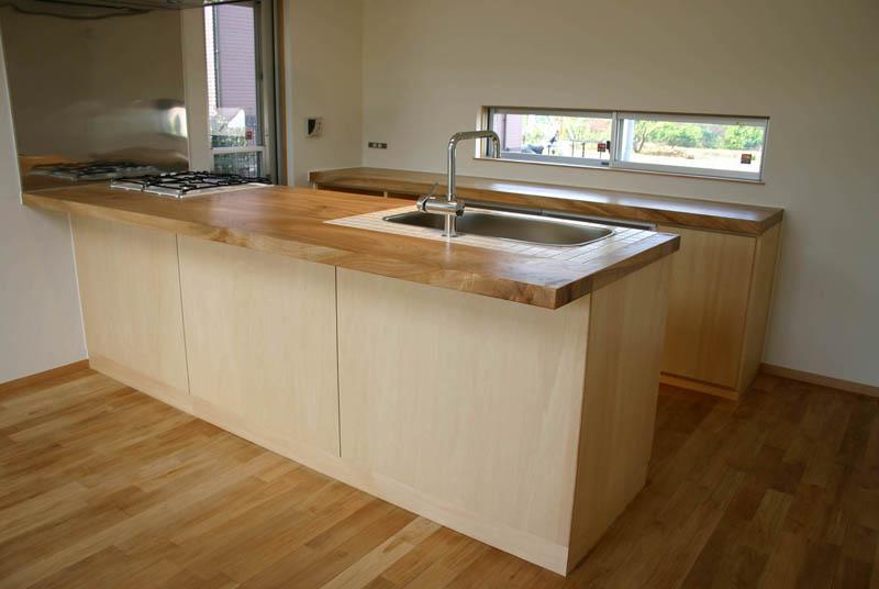 キッチン 木製キッチン : キッチンに木製の天板は無理だ ...