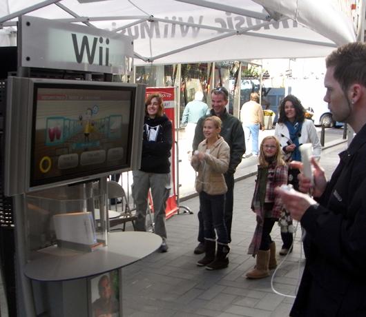 Nintendo World Store前で、米国のゲーム人気を考える_b0007805_11321416.jpg