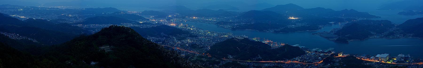 鳴滝山の夕暮れをパノラマで_c0152379_858375.jpg