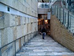 六本木ヒルズ自転車駐車場入口