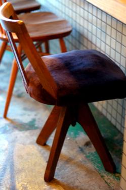 ポコポコ椅子。。_b0140723_112595.jpg