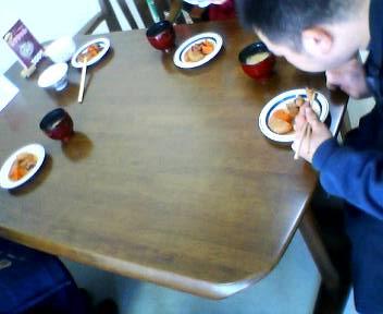 昼食の様子_b0106766_17584530.jpg
