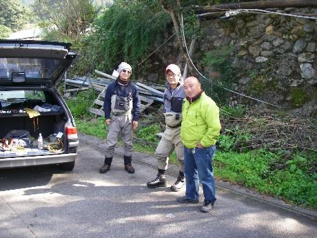 小川川冬季釣り場特別採捕。_c0153951_179676.jpg