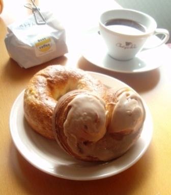 おいしい町のパン屋さん。_c0119259_0455121.jpg