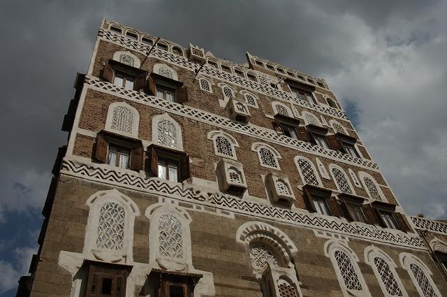 世界最古の街  サナア3_b0112443_2227557.jpg