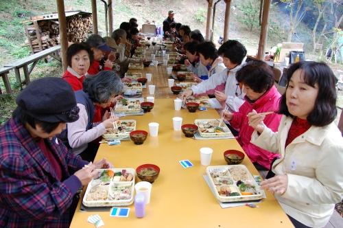 2008年11月度「大人の林間学校」_c0108460_2045531.jpg