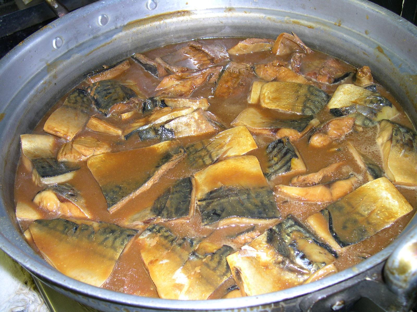 さばの味噌煮がおいしい季節になりました。_e0160513_13405386.jpg