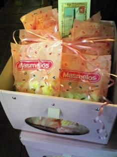 クリスマスに食べたい!おいしいお菓子入荷しました♪_b0136223_14401517.jpg