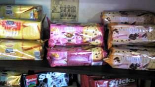 クリスマスに食べたい!おいしいお菓子入荷しました♪_b0136223_1443761.jpg