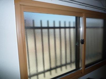 暖かプチリフォーム その2 『閉めてる窓のカーテンが~~!!』_e0123286_20513229.jpg