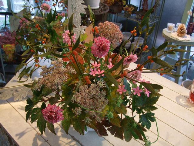 オークリーフ花の教室(長尾さんと佐竹さんの作品)_f0049672_16542816.jpg