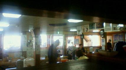 土曜の朝の食堂風景。_c0089831_2232636.jpg