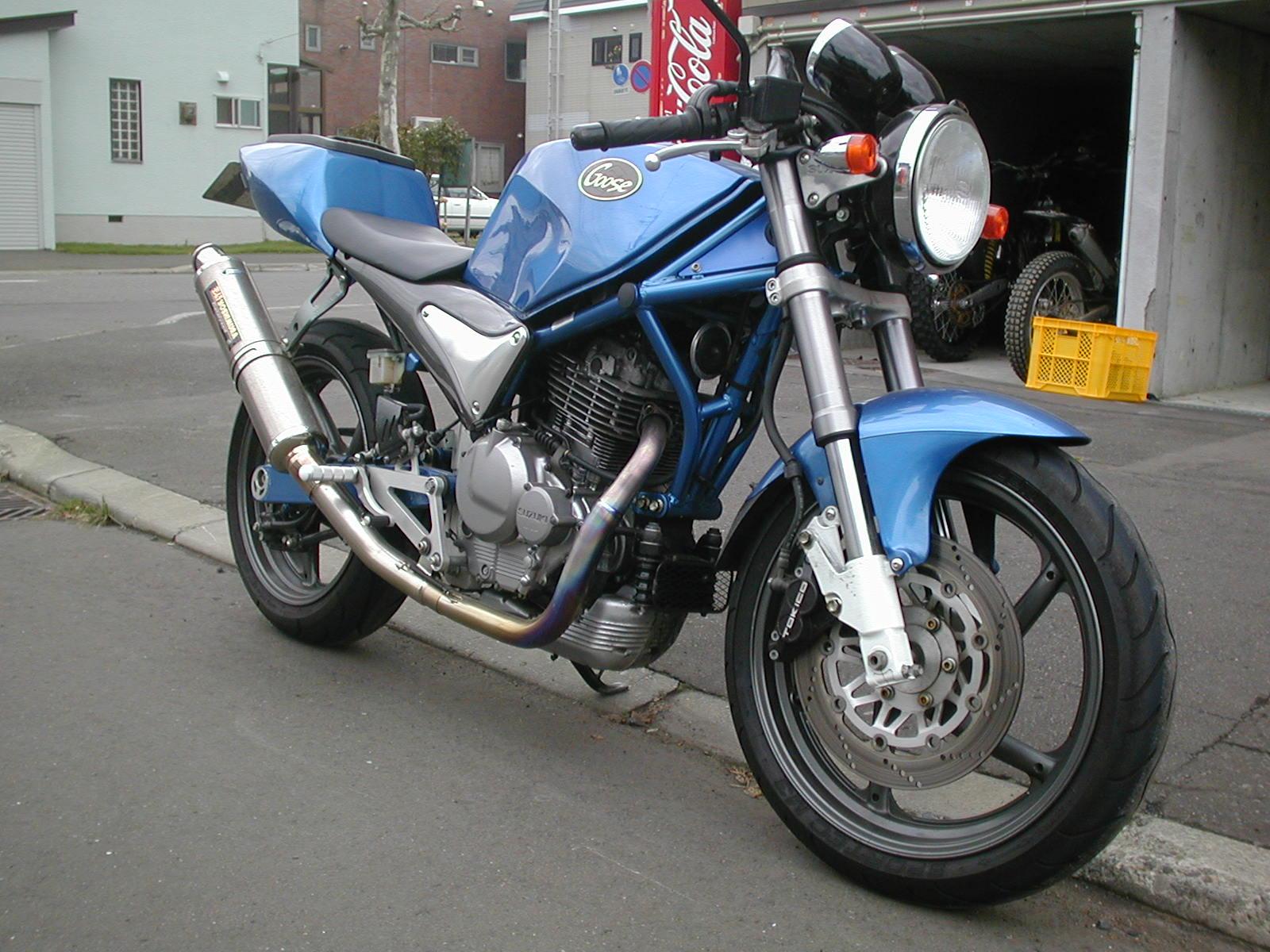 昔憧れてたバイク_e0159646_3382192.jpg