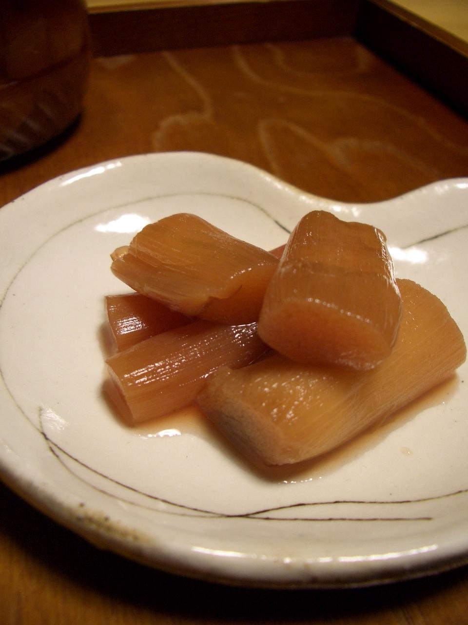 ずいきのリンゴ甘酢漬け_d0134753_22175673.jpg