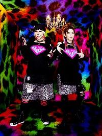 世界同時発売達成!!LM.C アニメタイアップ満載の2タイトルのアルバム発売インタビュー到着!!_e0025035_6262273.jpg