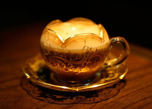 ガラスのカップソーサー_c0108595_13235233.jpg