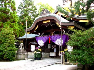 黄葉の御霊神社_e0048413_20544795.jpg