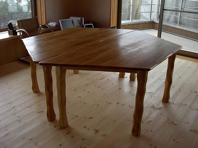 六角形テーブルNo.761_e0072513_8354446.jpg