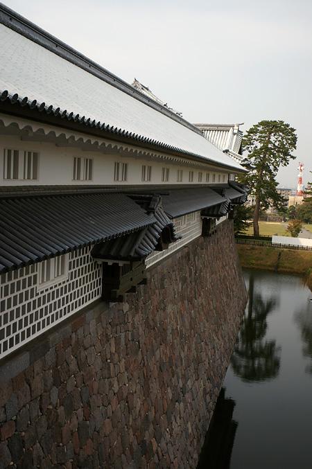 金沢まで お城のあたり_e0082981_22225880.jpg