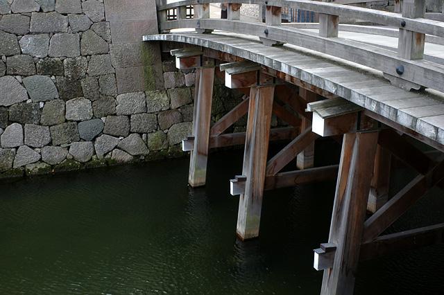 金沢まで お城のあたり_e0082981_22232172.jpg