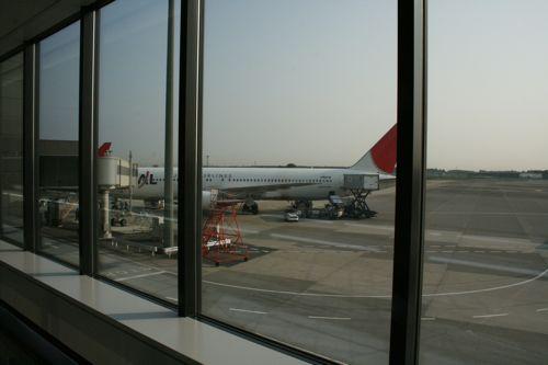 グアム旅行記15 グアム発成田行き日航JL982便_f0059796_065688.jpg