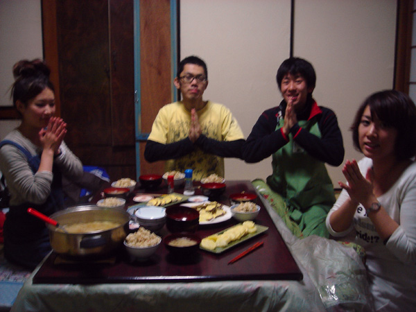 まぜまぜご飯と天ぷら♪黒ちゃんおめでとう☆_a0080406_12381113.jpg