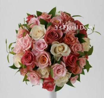 くすんだピンクのラウンドブーケ_b0113510_0594853.jpg