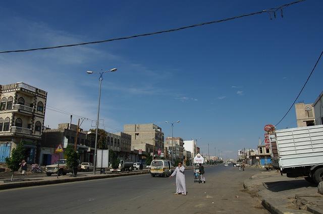 サナア郊外へ  イエメン・サナア12_b0112443_21574622.jpg