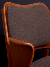 chair (DENMARK)_c0139773_19102465.jpg
