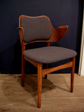 chair (DENMARK)_c0139773_199116.jpg