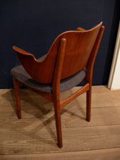 chair (DENMARK)_c0139773_1995831.jpg